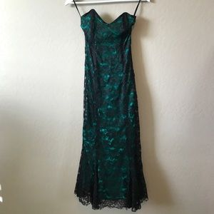 Miss selfridge lace gown